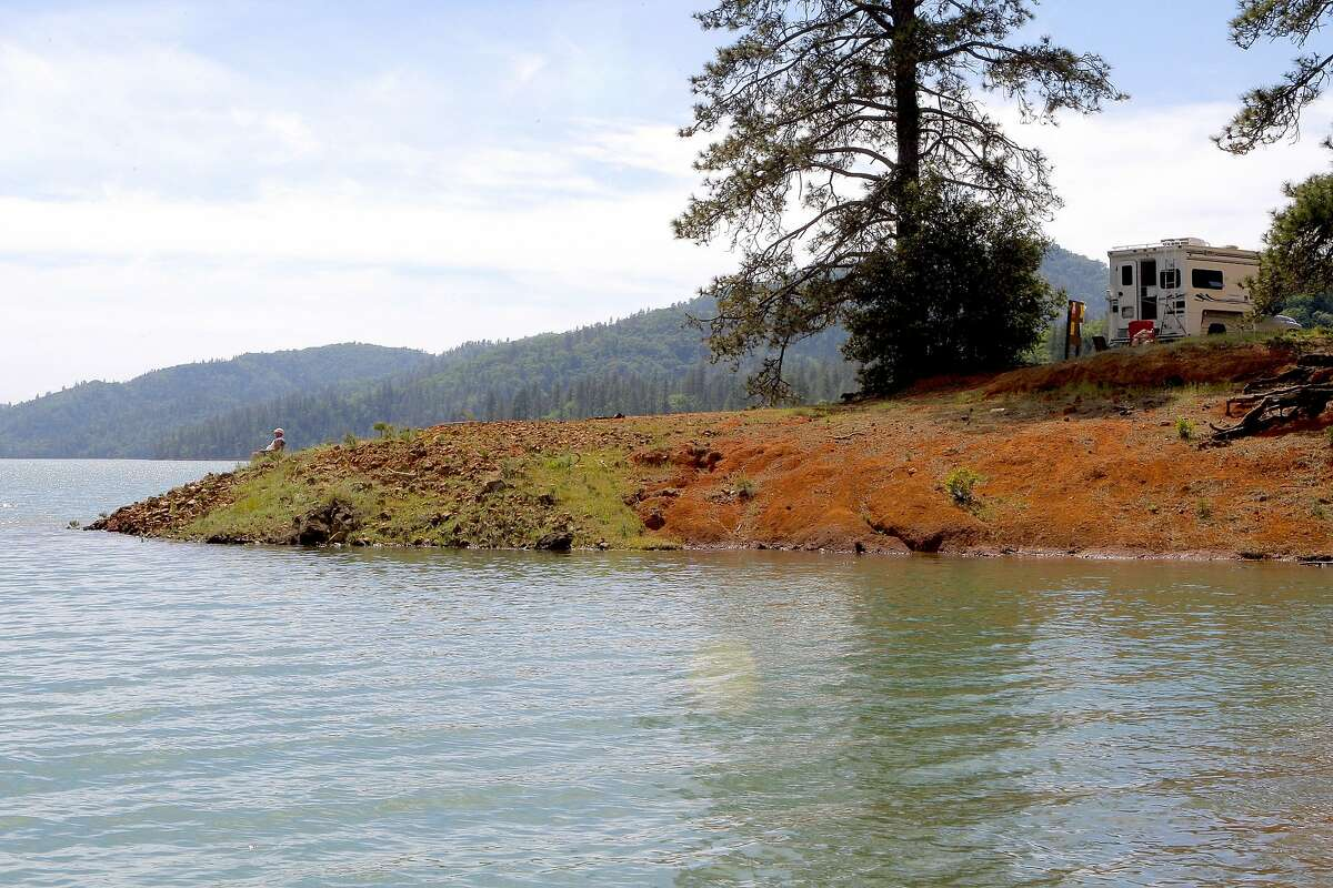 Shasta Lake has 1,200 campsites, yet plenty of space amid 370 miles of shoreline, California's biggest reservoir and the state's No. 1 recreation lake.