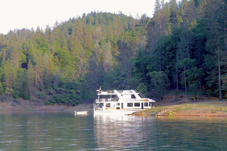 With water again filling Shasta Lake, it will be back as the No. 1 houseboating destination in America -- more than 400 rental houseboats are available at 11 marinas Photo: Tom Stienstra, Tom Stienstra / The Chronicle