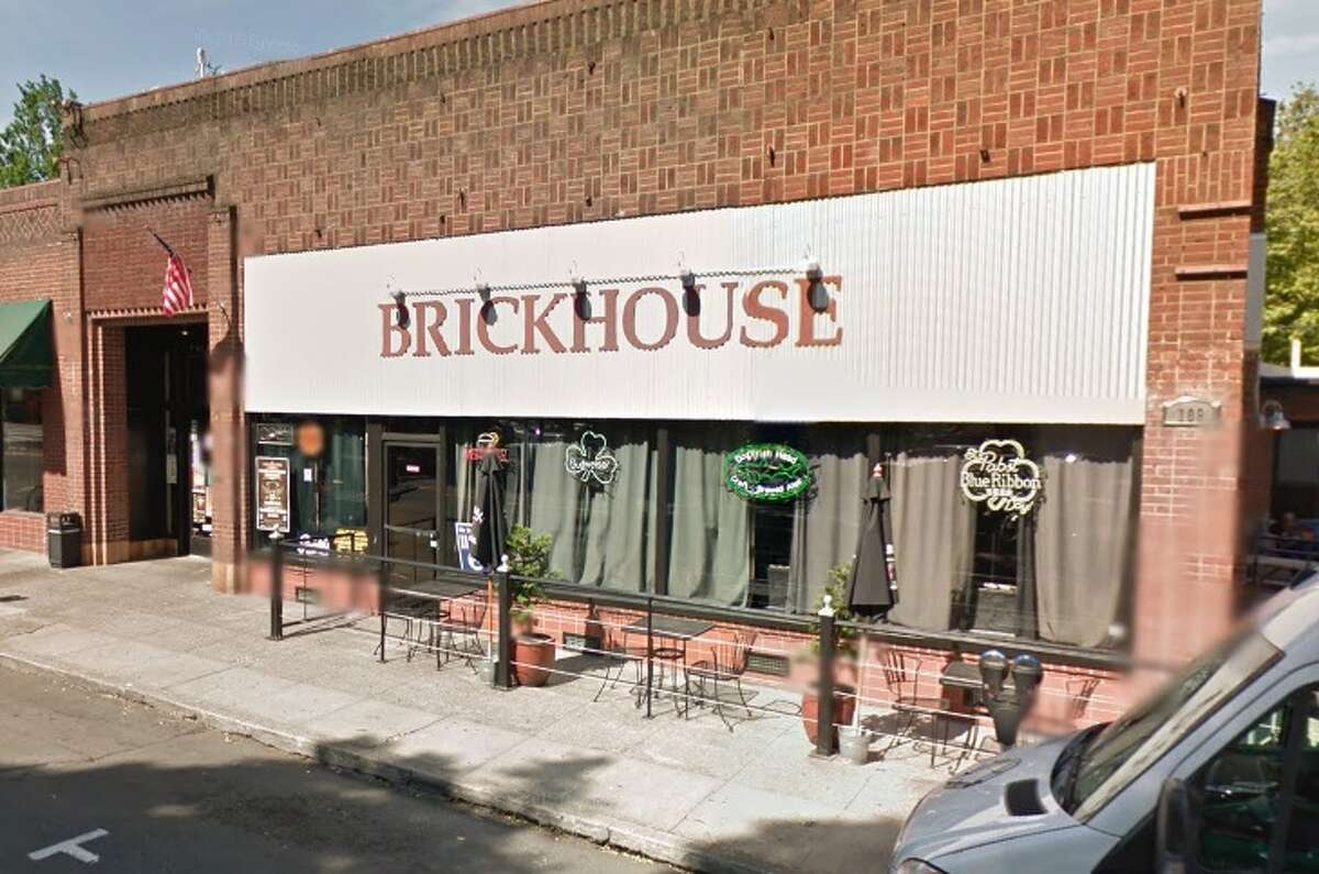 24. Brickhouse Bar and Grill, Vancouver: 60