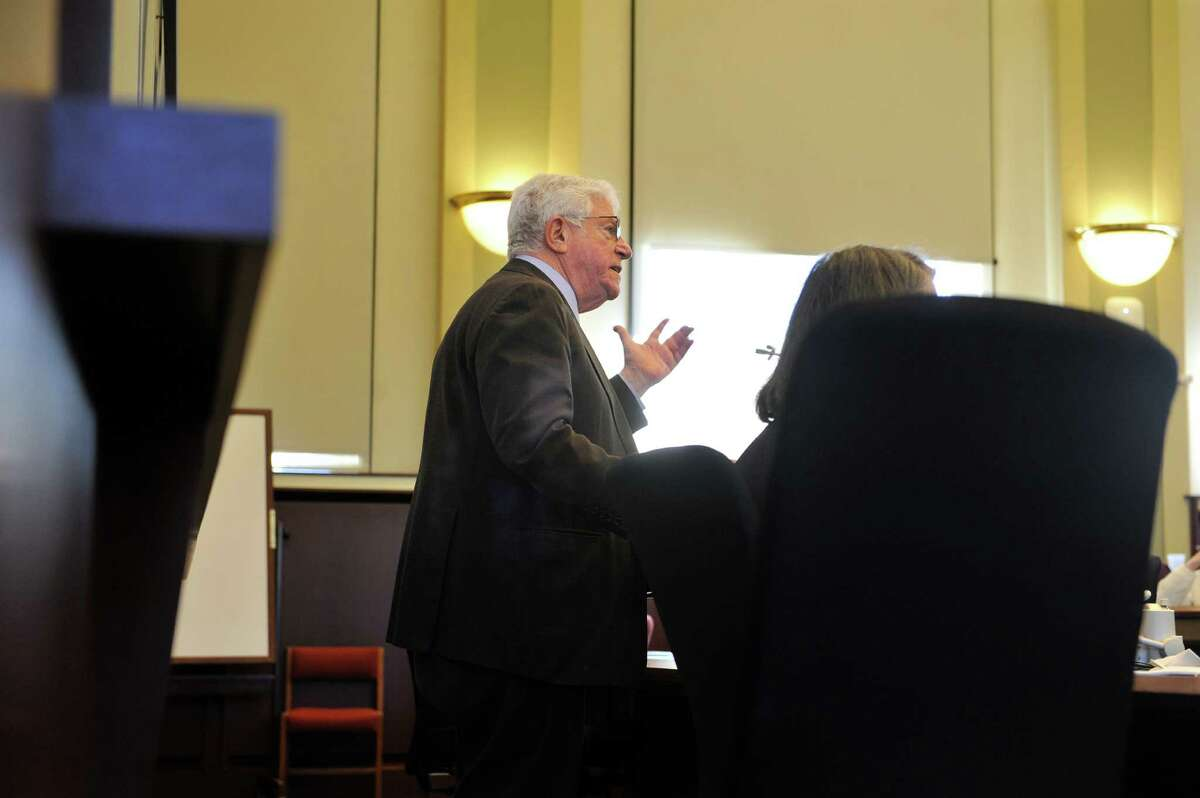Former Lt Gov Richard Ravitch addresses those taking part in a forum on government ethics held at Albany Law School on Wednesday, April 20, 2016, in Albany, N.Y. (Paul Buckowski / Times Union)