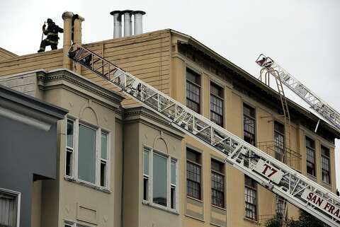 Fire Damages 2 Apartment Buildings In Sfs Mission District Sfgate