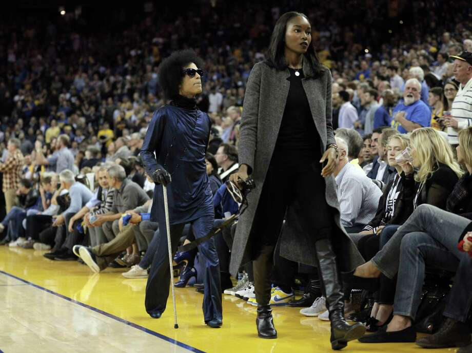 361aa486a8f7 Prince leaves the court before half time as the Golden State Warriors  played the Oklahoma City