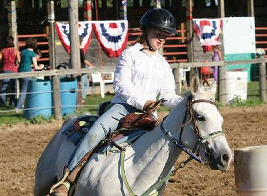 Marissa Schave participates in the 4-H Horse Show.