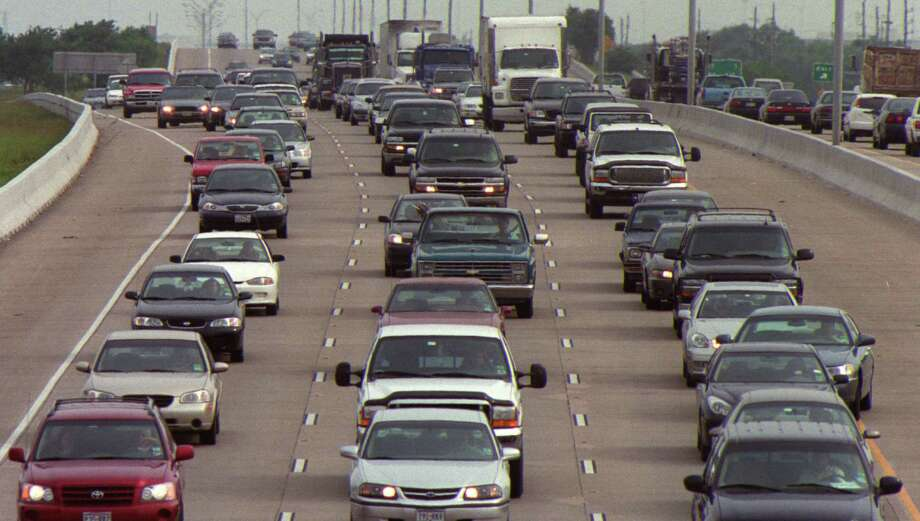 The Texas Department in Transportation will waive $1.3 billion in late fees. Photo: Houston Chronicle File Photo / Houston Chronicle