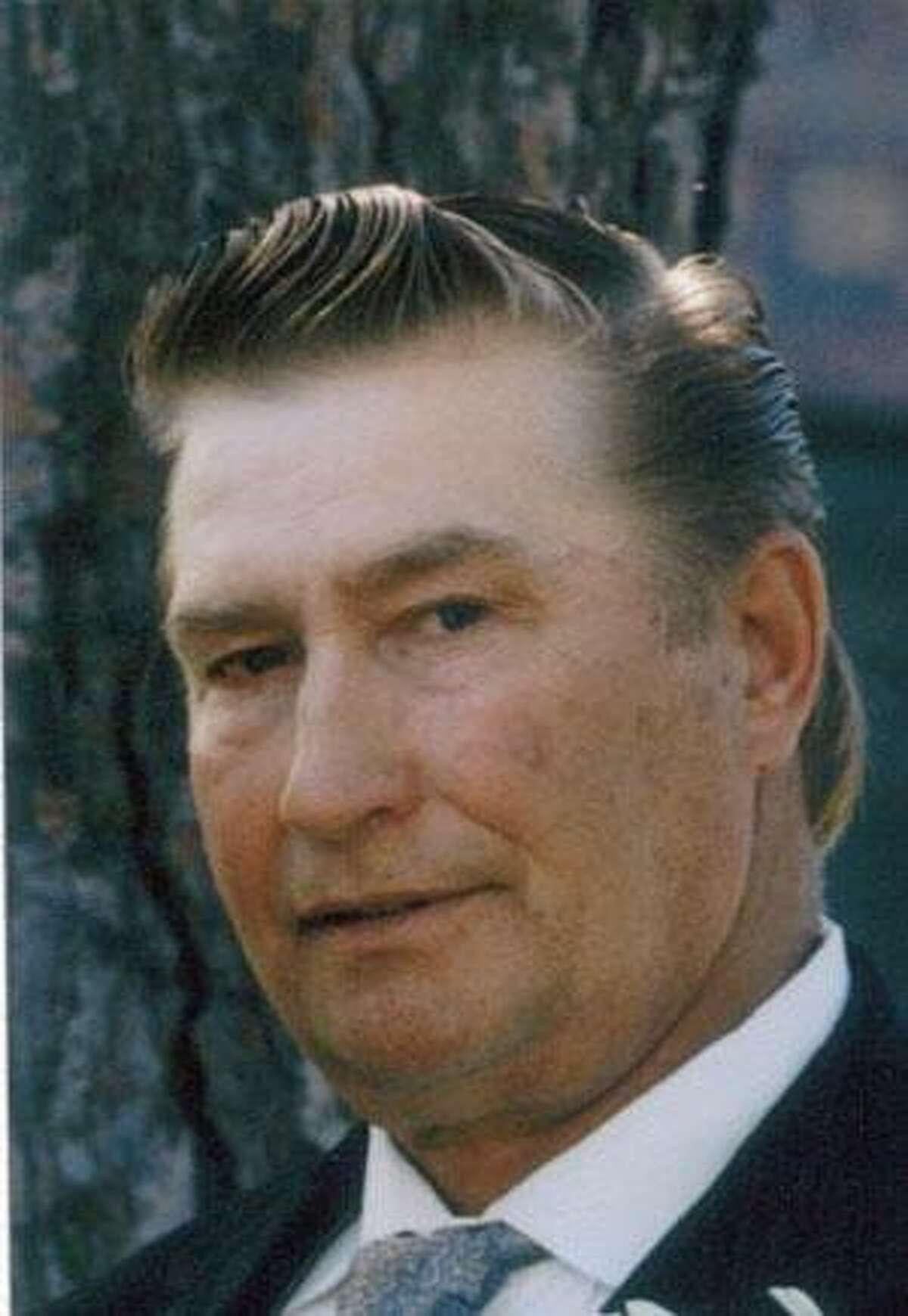 Robert V. Puvalowski
