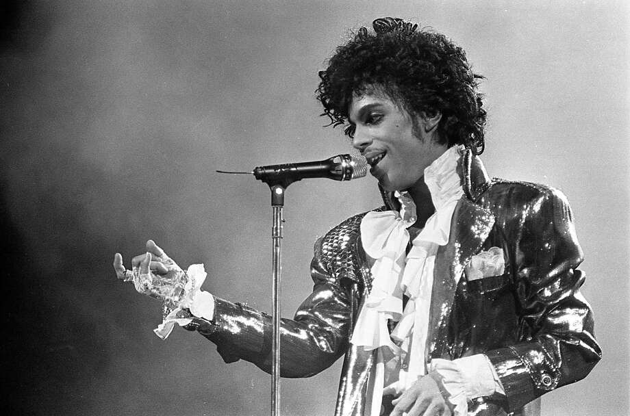 01/10/1985 - Prince performs Jan. 10, 1985, in the first of six concert appearances at the Summit. The Houston performances are part of the Purple Rain Tour and has sold-out the Summit for a record four nights. Photo: Steve Campbell, HC Staff / Houston Chronicle