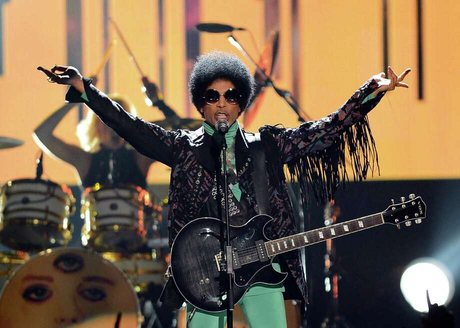 Prince performs during the 2013 Billboard Music Awards at the MGM Grand Garden Arena on May 19, 2013 in Las Vegas, Nev. Photo: Ethan Miller, Staff / 2013 Getty Images