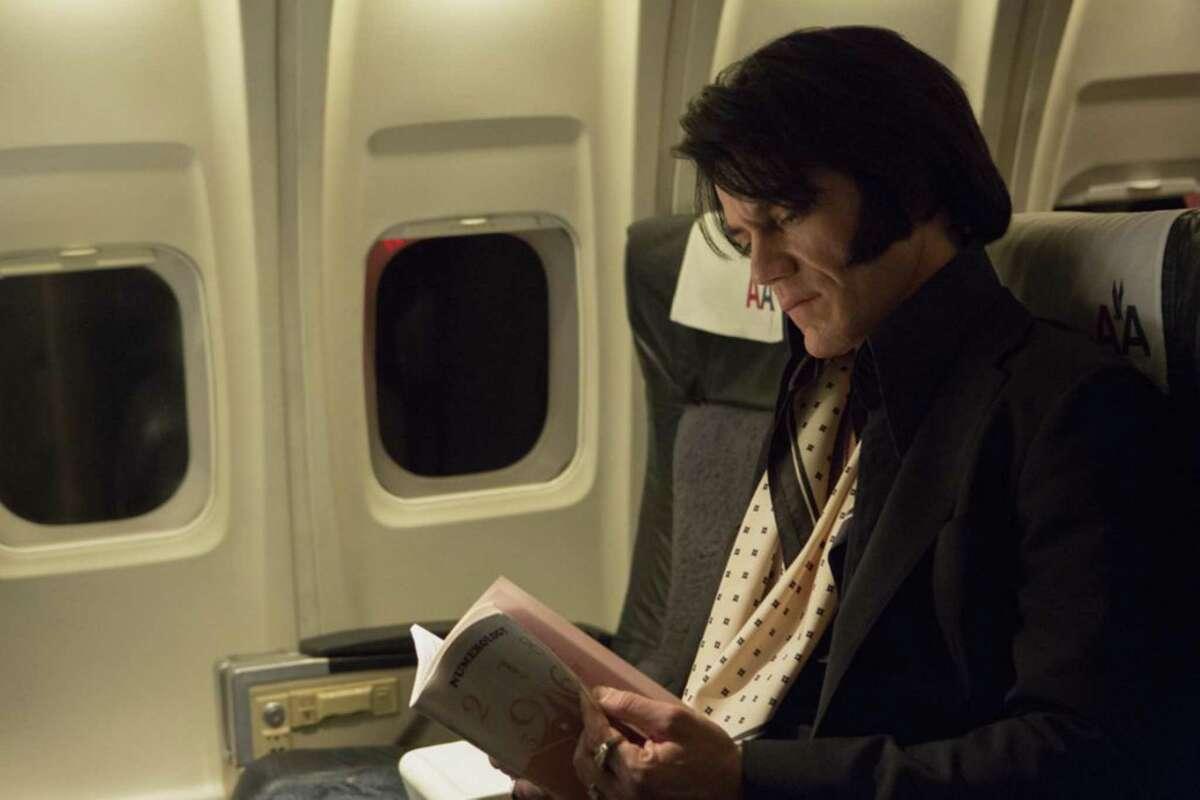 """Michael Shannon in """"Elvis & Nixon."""" (Steve Dietl/Amazon Studios/Bleecker Street/TNS)"""