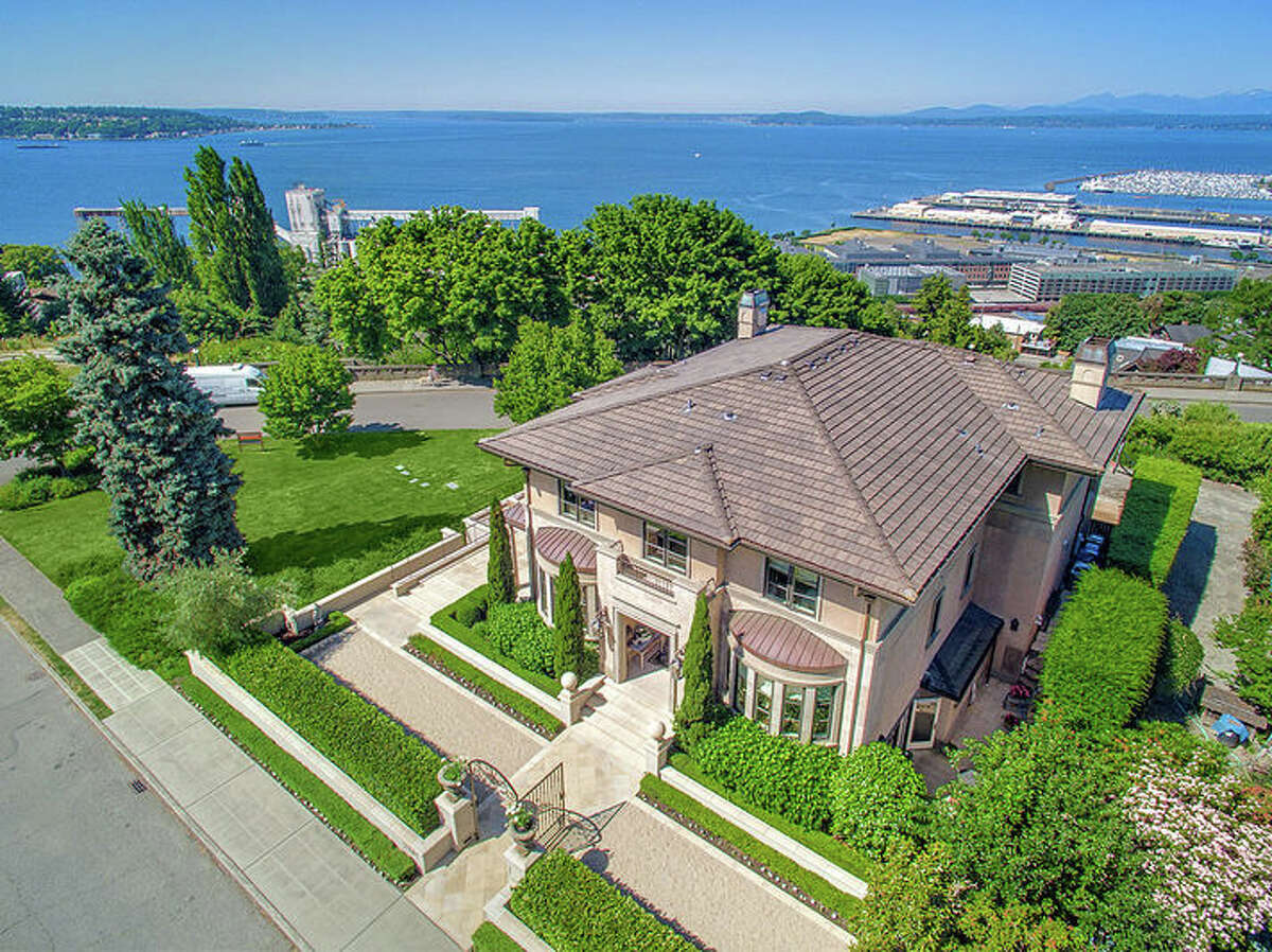 It's surrounded by city parks and is on an 8,240-square-foot lot. Its location gives it commanding views to the west.