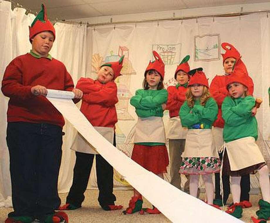Eccles School presents Christmas program.