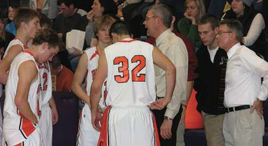 Ubly boys basketball coach is leaving his post after compiling a 134-82 record for the Bearcats in 10 seasons.