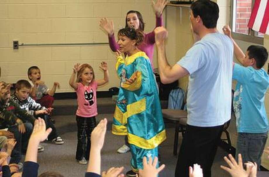 """Bubbylonian Encounter"" is performed at OG school."