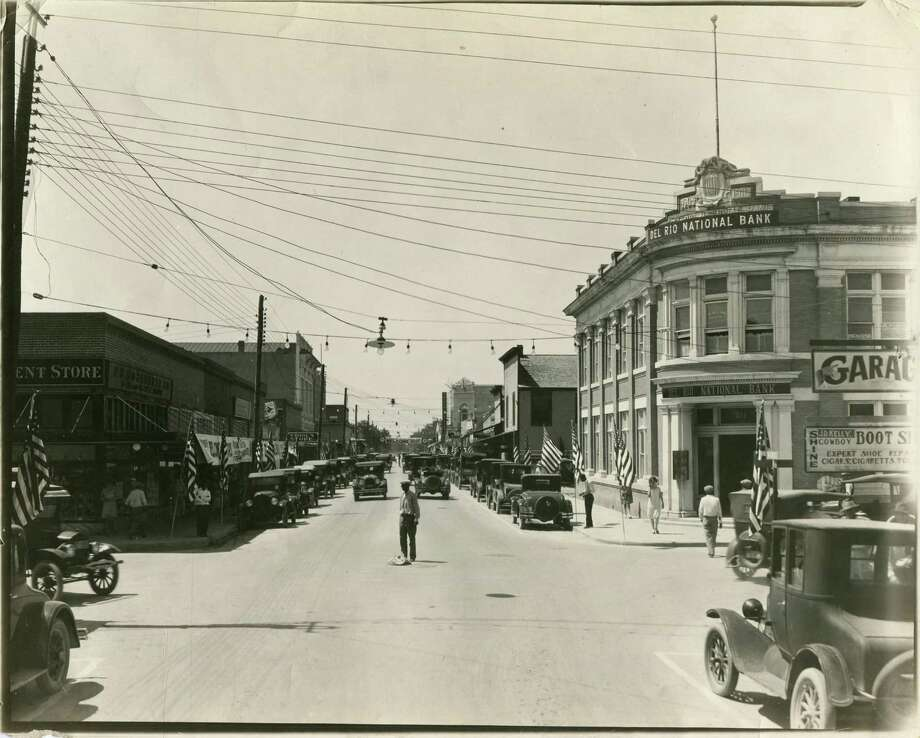 """Billed as the """"Queen City of the Rio Grande,"""" Del Rio was a popular destination for tourists and businessmen from San Antonio in the 1930s. Photo: File Photo"""