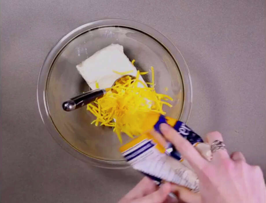 Step-by-step instructions for many Web recipes often involve cheese, hands,  junk food and more cheese. / Randolph Smith