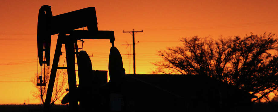 The oil and gas industry is part of the Texas Miracle, as are conservative policies. But they don't account for all of the state's growth. Photo: Express-News File Photo / ©San Antonio Express-News