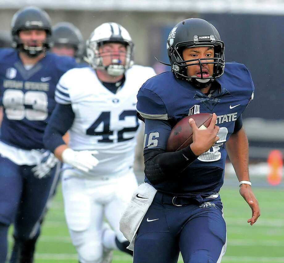 Utah State quarterback Chuckie Keeton was a first-team All-Western Athletic Conference selection as a sophomore. Photo: Eli Lucero, MBR / The Herald Journal
