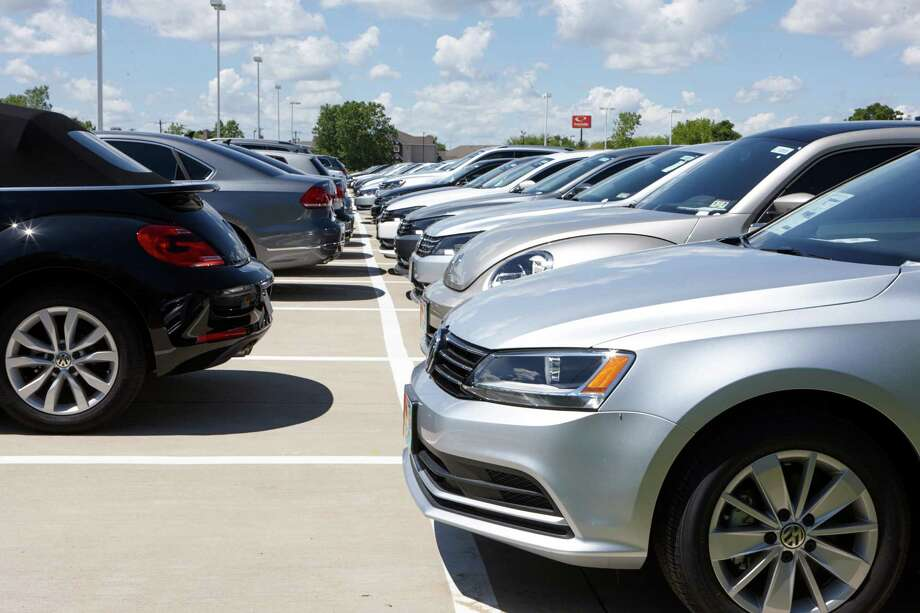These diesel-engine Volkswagens currently are not for sale at a dealership in Lewisville.  Photo: NANCY NEWBERRY, STR / NYTNS