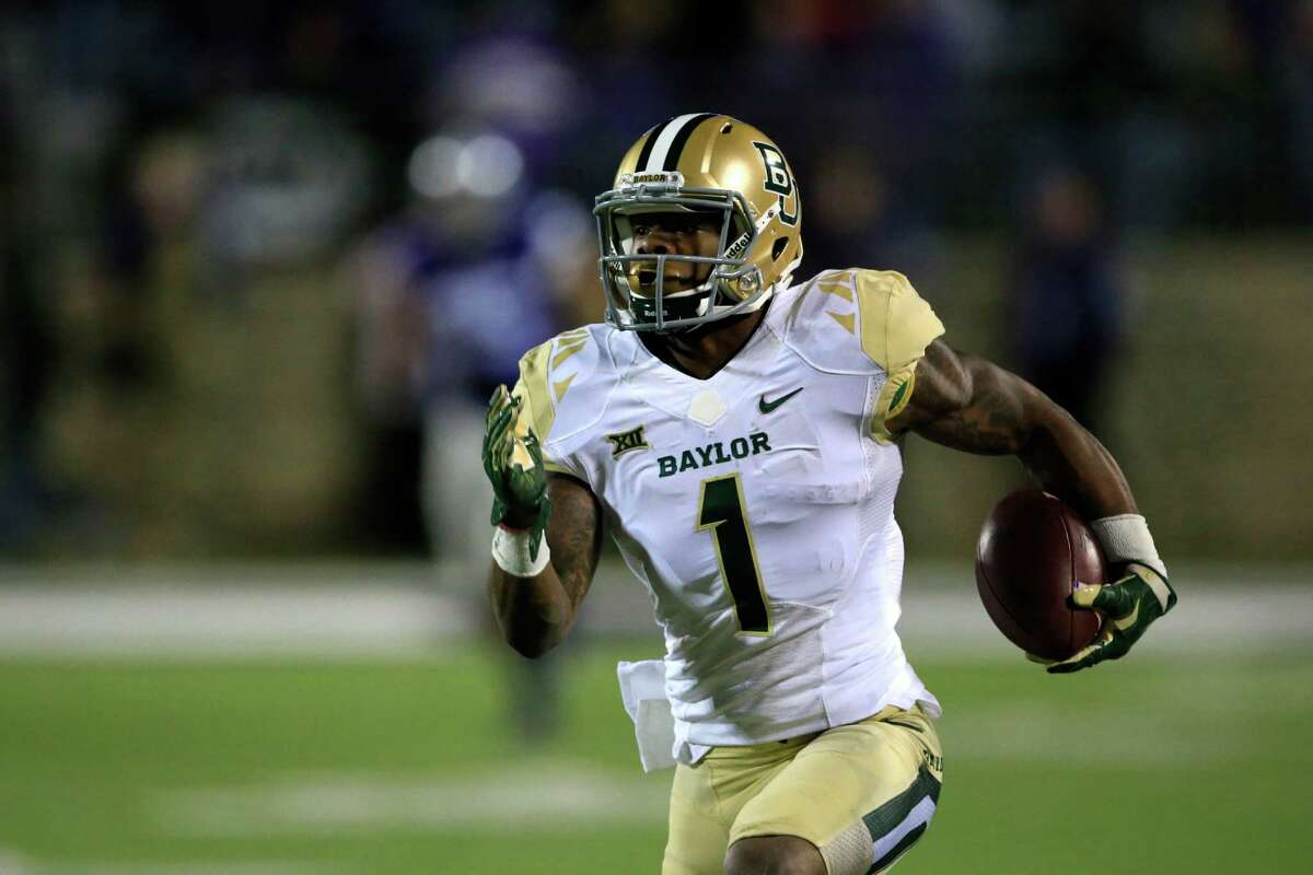 Corey Coleman, Baylor Height/weight: 5-10/193 40-yard dash: 4.37 Won the Fred Biletnikoff Ward as the nation's top wide receiver. Finished career with 173 catches for 3,009 yards and 33 touchdowns. Explosive with a 40 1/2 inch vertical leap and a 10-9 broad jump. Thickly built with great running skills after the catch. Accelerates away from pursuit routinely. Home-run hitter.