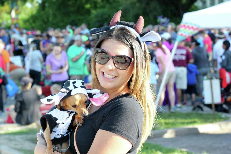 There was more than dogs to see at the Alamo Heights Dog Parade Saturday, April 23, 2016. Photo: By Jason Gaines, For MySA.com