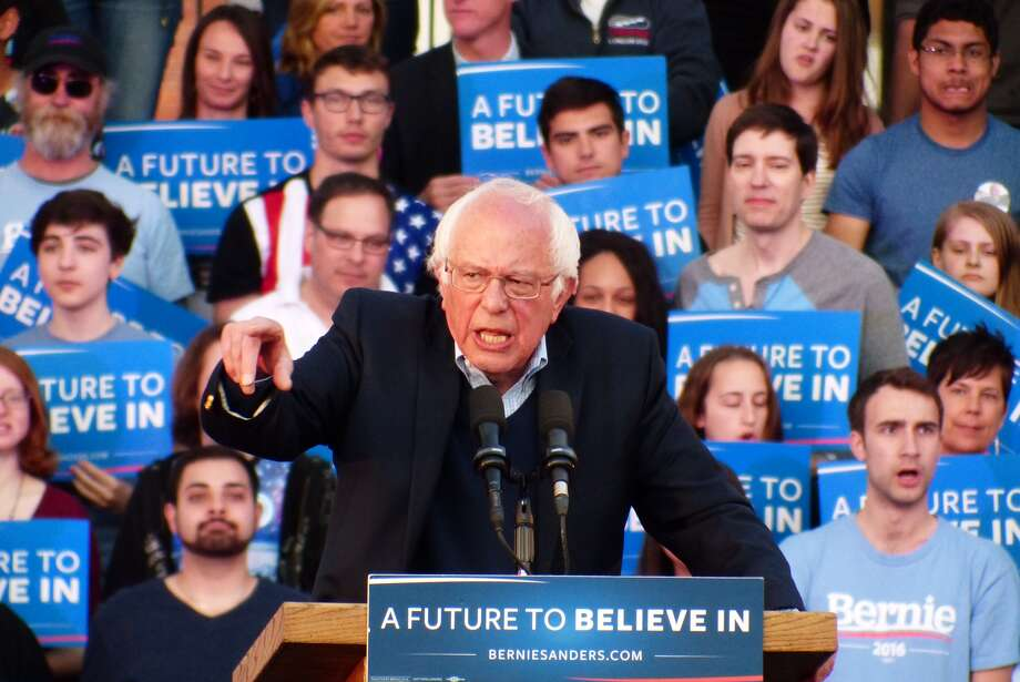 Bernie Sanders held a rally on the New Haven Green on Sunday, April 24. Photo: Christian Abraham / Connecticut Post