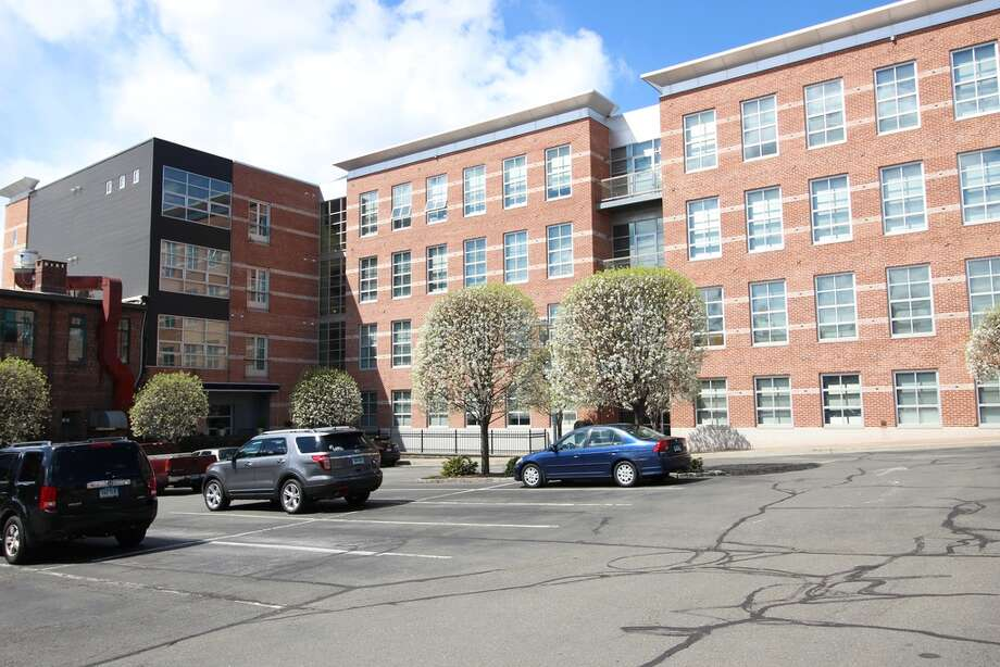 10 Ann St APT 406, Norwalk, CT 06854 0.4 miles to South Norwalk Metro-North station For rent: $2,700/moFeatures: Stainless steel appliances, in the heart of SoNoView full listing on Zillow Photo: Zillow