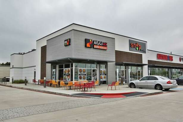 Katy Green IIis home to Verts Kebap, Snap Kitchen, Mattress One, Corner Bakery, Masala Wok, and Smile Clinique.An affiliate of Wile Interests has sold Katy Green II toCH Retail/Acquisitions. It is at the southwest corner of the Katy Freeyway and Greenhouse Road.