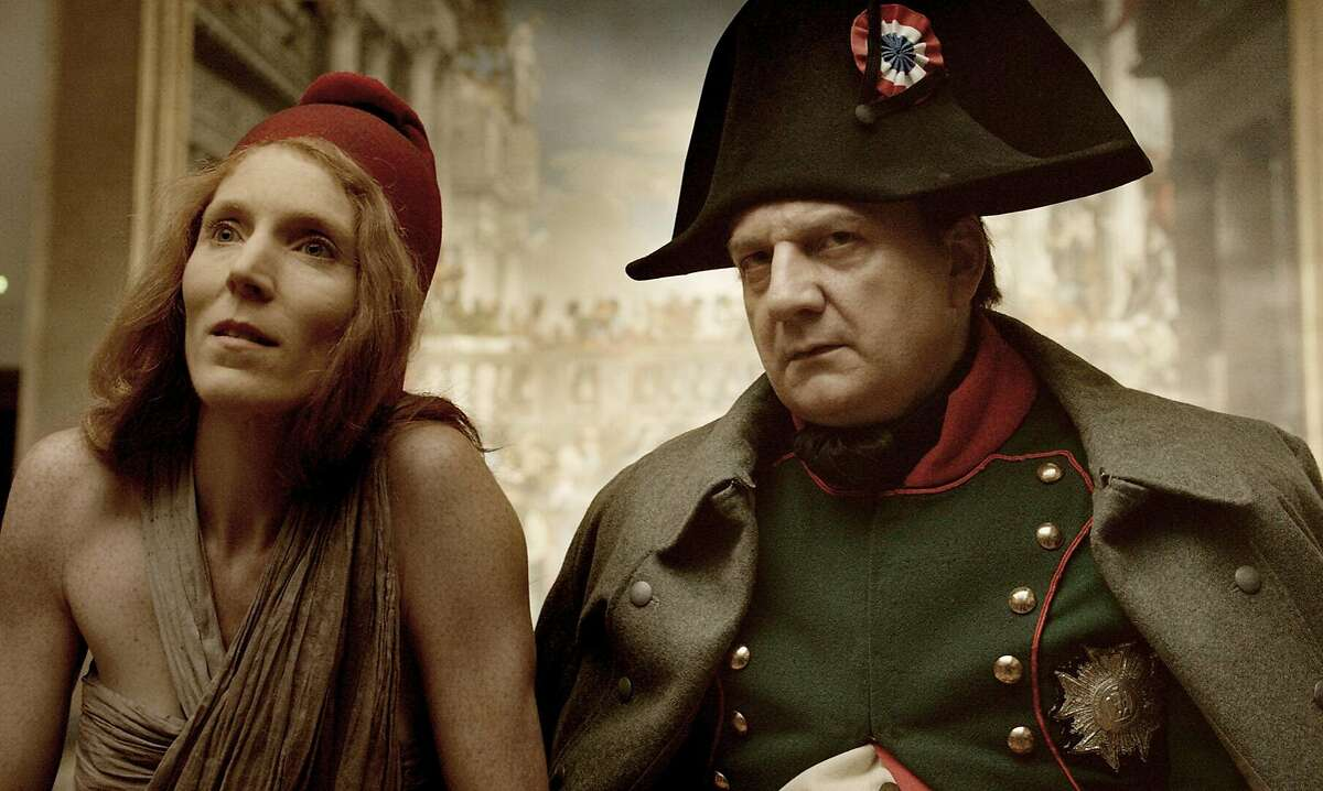 Marianne (Johanna Korthals Altes) and Napoleon (Vincent Nemeth) make appearances at the Louvre in