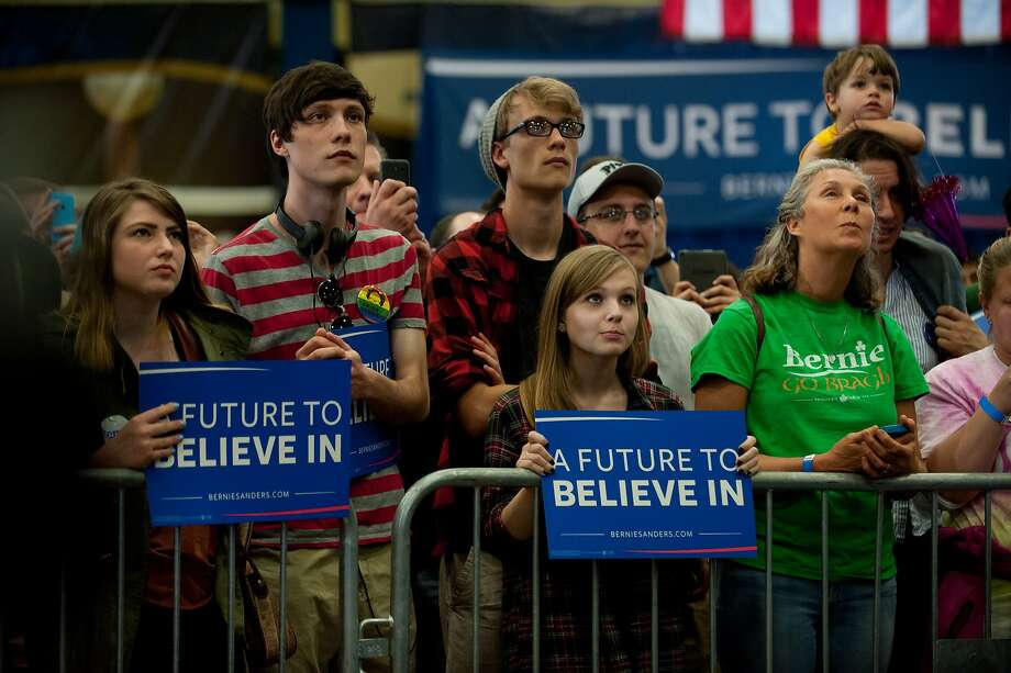 Democratic presidential candidate Bernie Sanders speaks during a rally at the Fitzgerald Field House on the campus of the University of Pittsburgh . Photo: Jeff Swensen, Getty Images
