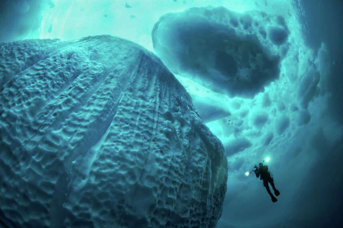 GALLERY:11 facts about oceans One ocean Although people have given names to certain areas such as the Pacific and Atlantic, the world is really covered by one huge ocean.