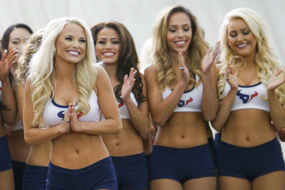 The new Houston Texans cheerleaders celebrate as they find out they made the team for the 2016-17 season at the Methodist Training Center Monday, April 25, 2016 in Houston. Photo: Michael Ciaglo, Houston Chronicle / © 2016  Houston Chronicle