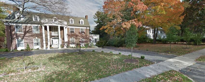 Deer Hill Avenue, Danbury
