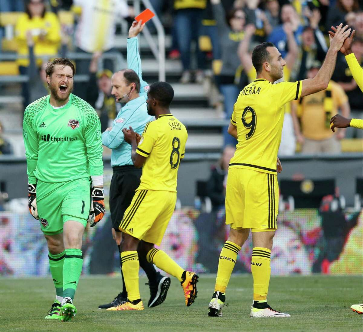 Houston Dynamo goalkeeper Tyler Deric (1) reacts after receiving a red card for an infraction against the Columbus Crew at Mapfre Stadium in Columbus, Ohio, on Saturday, April 23, 2016. (Barbara J. Perenic/Columbus Dispatch/TNS)