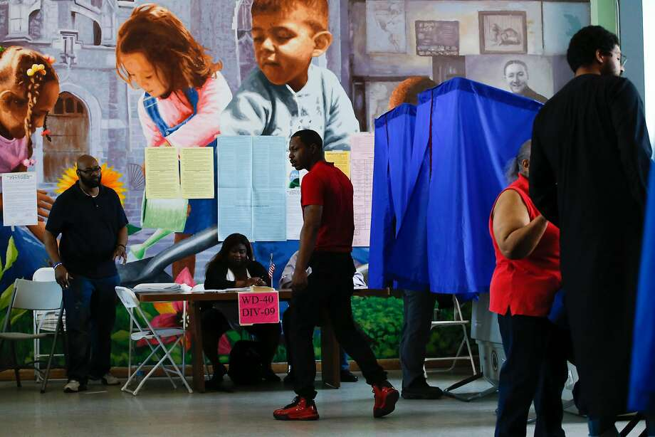 Voters cast ballots at a polling place in Philadelphia. Pennsylvania was one of five states holding their primaries. Photo: EDUARDO MUNOZ ALVAREZ, AFP/Getty Images