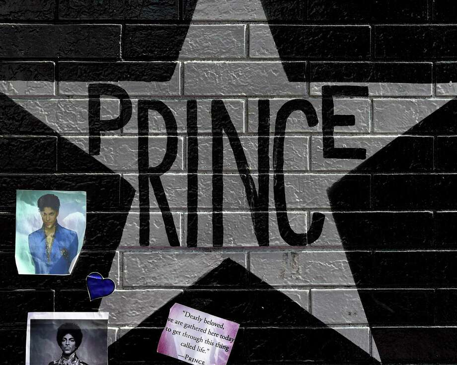 Prince had a history of self-sufficiency, which could have severe consequences if he did not leave an orderly estate, music-industry lawyers and executives said. Photo: MARK RALSTON, Staff / AFP or licensors