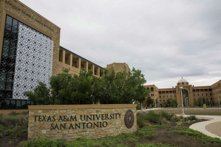 Texas A&M University-San Antonio is warning its students and staff about an email scam that could potentially cost someone to lose thousands of dollars. Photo: Express News File Photo / 2015 San Antonio Express-News