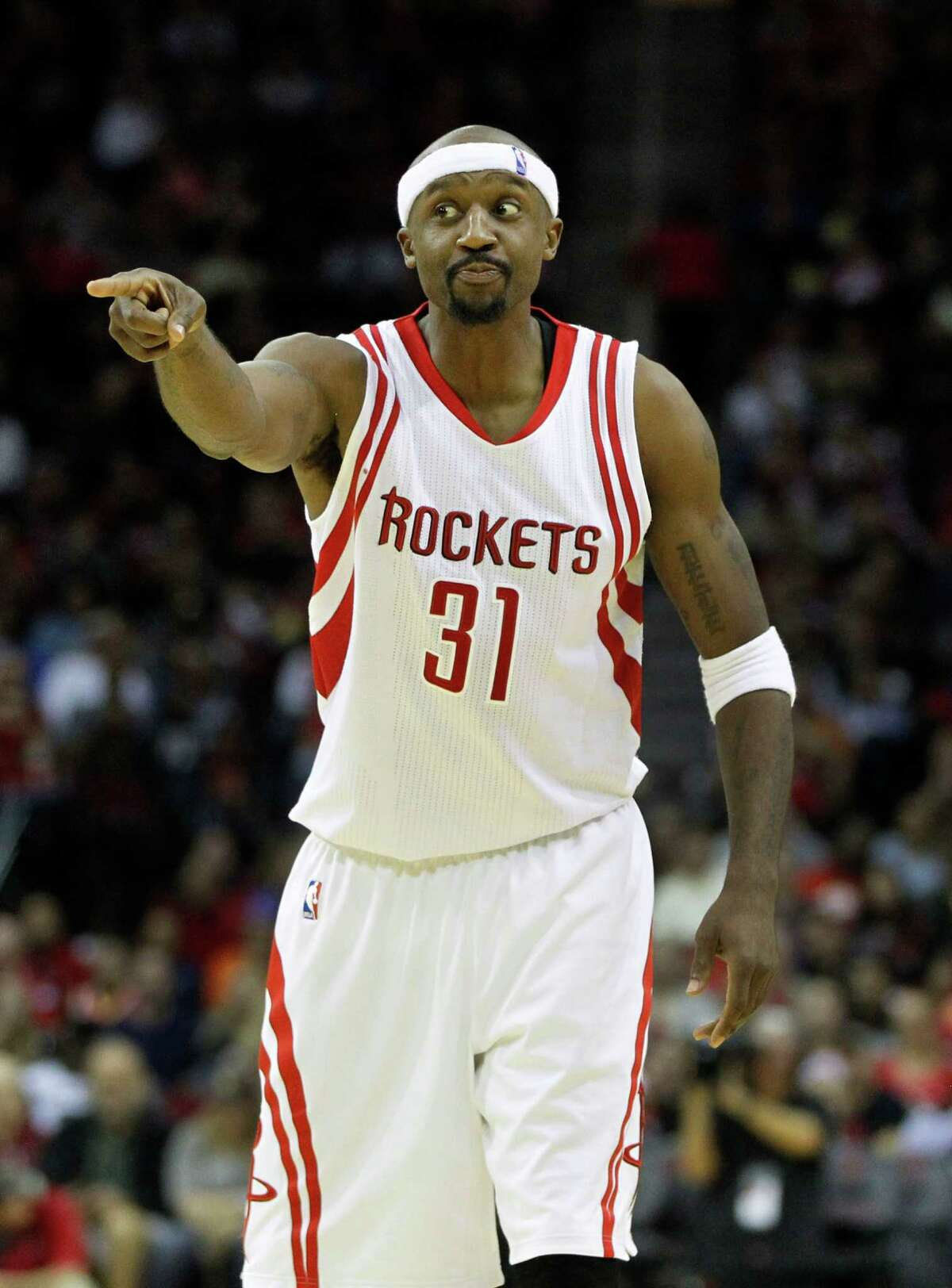 In an odds-defying move, guard Jason Terry is guaranteeing a Rockets victory in Game 5 on Wednesday night.