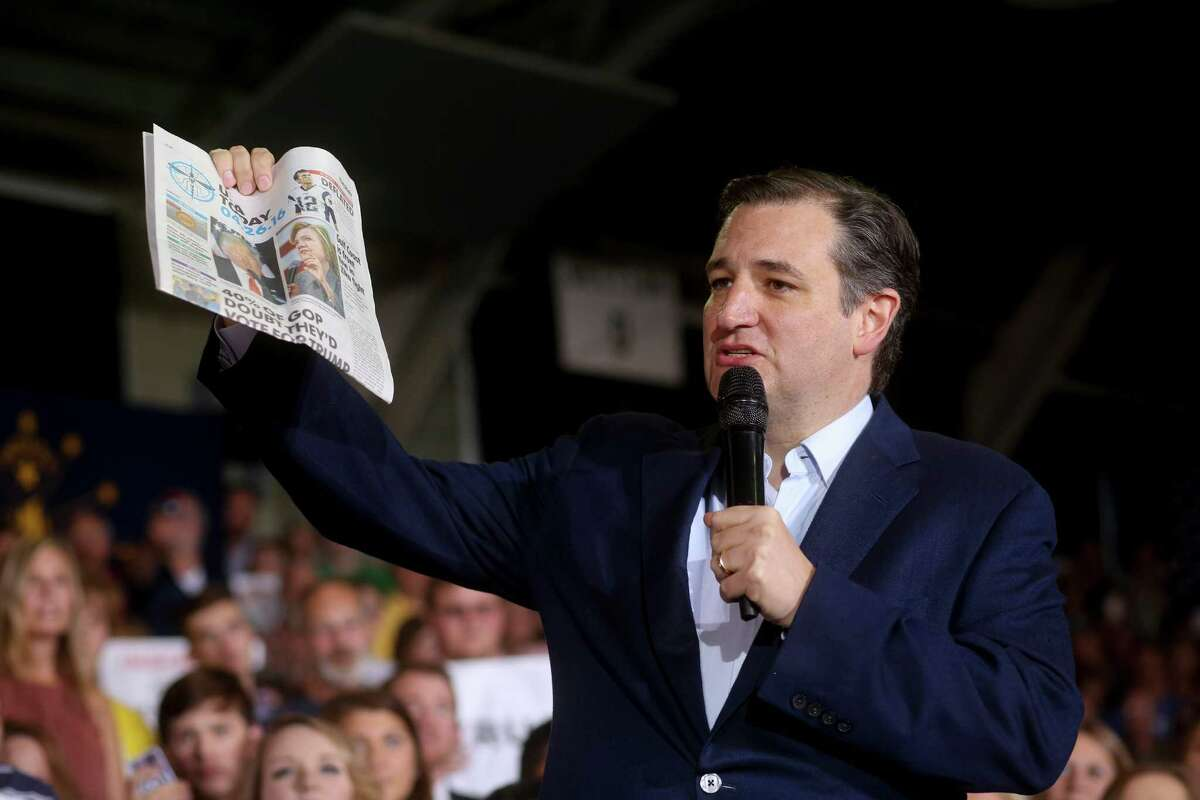 Sen. Ted Cruz holds up a copy of USA Today to illustrate a point about what he said was biased media coverage during a campaign rally in Knightstown, Ind., April 26, 2016. With Republican primary voters handing victories to Donald Trump in five northeastern states on Tuesday, Cruz was already campaigning in Indiana, which votes on May 3. (Andrew Spear/The New York Times)