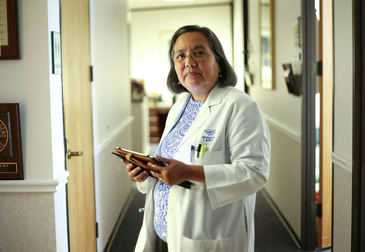 Dr. Elizabeth Torres in her small practice in Sugarland on Wednesday, April 20, 2016. ( Elizabeth Conley / Houston Chronicle )