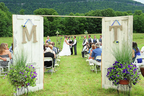 Indian Ladder Farms wedding