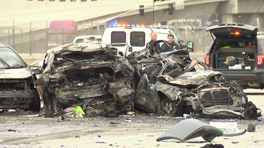 One person was killed in a fiery crash early Wednesday morning on Interstate 580 in Dublin Interchange. Photo: KTVU