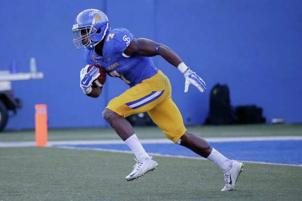 San Jose State running back Tyler Ervin (7) during an NCAA college football game against Boise State Friday, Nov. 27, 2015, in San Jose, Calif. (AP Photo/Marcio Jose Sanchez)