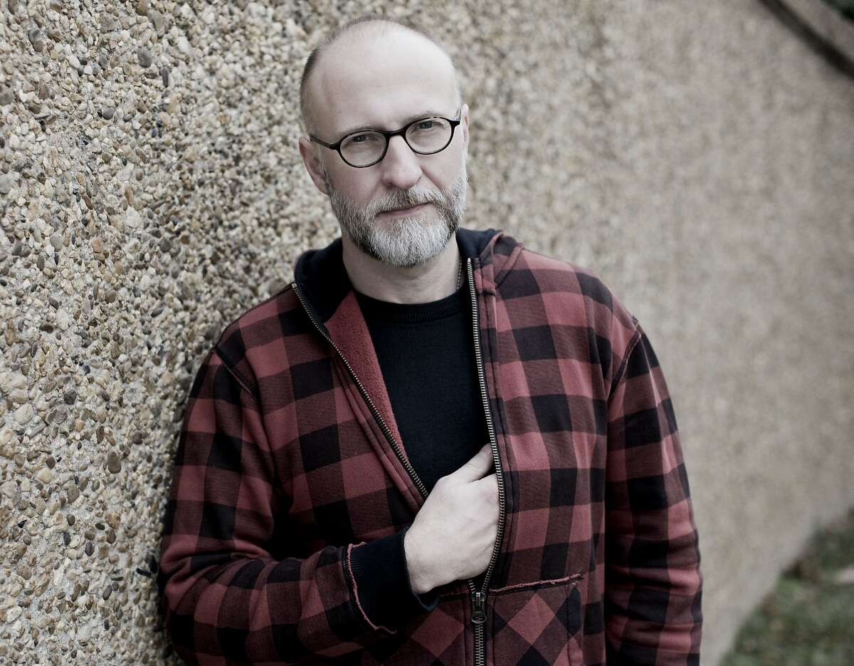 Bob Mould gets back to his roots on his latest album, 'Beauty and Ruin.'