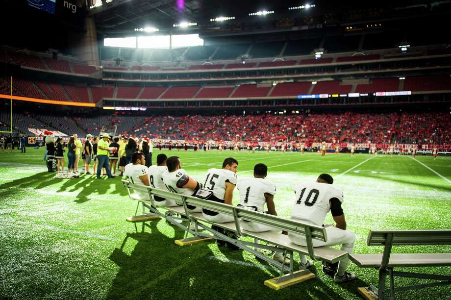 Steele players wait for the game to begin before a high school football playoff game against Katy at NRG Stadium Saturday, Dec. 13, 2014, in Houston. Photo: Smiley N. Pool /Houston Chronicle / © 2014  Houston Chronicle