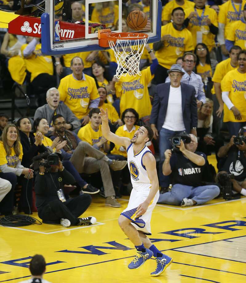 Golden State Warriors Klay Thompson watches his shot after stealing the ball from Houston Rockets Patrick Beverley in the first quarter during Game 5 of the NBA Playoffs at Oracle Arena on Wednesday, April 27, 2016 in Oakland, Calif. Photo: Scott Strazzante, The Chronicle