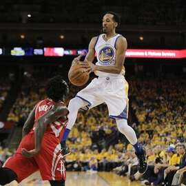 Golden State Warriors Shaun Livingston loses control of the ball in Game 5 of the NBA Playoffs at Oracle Arena on Wednesday, April 27, 2016 in Oakland, Calif.