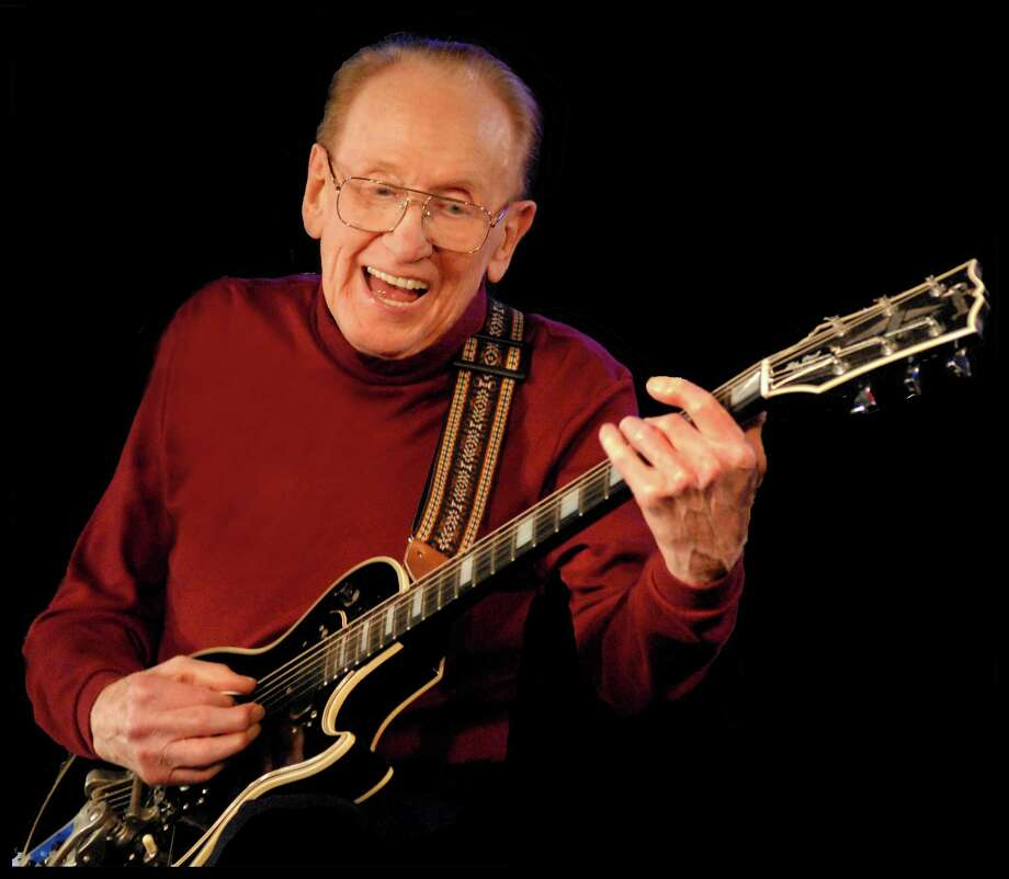 Photo of Les Paul in 2009. Photo from the Les Paul Foundation