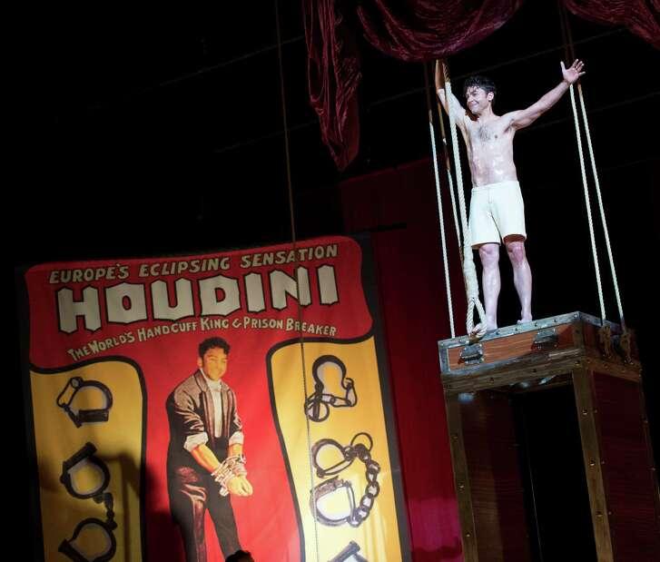 "Michael Weston plays Harry Houdini in ""Houdini and Doyle."""
