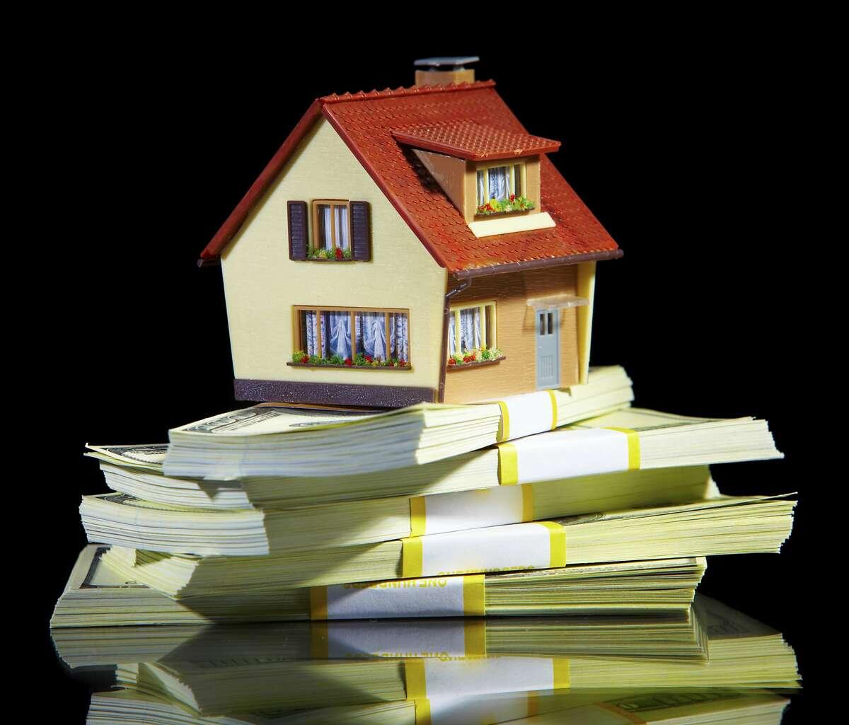 Una refinanciación hipotecaria puede sonar como una buena idea en teoría, pero no siempre es posible o deseable.