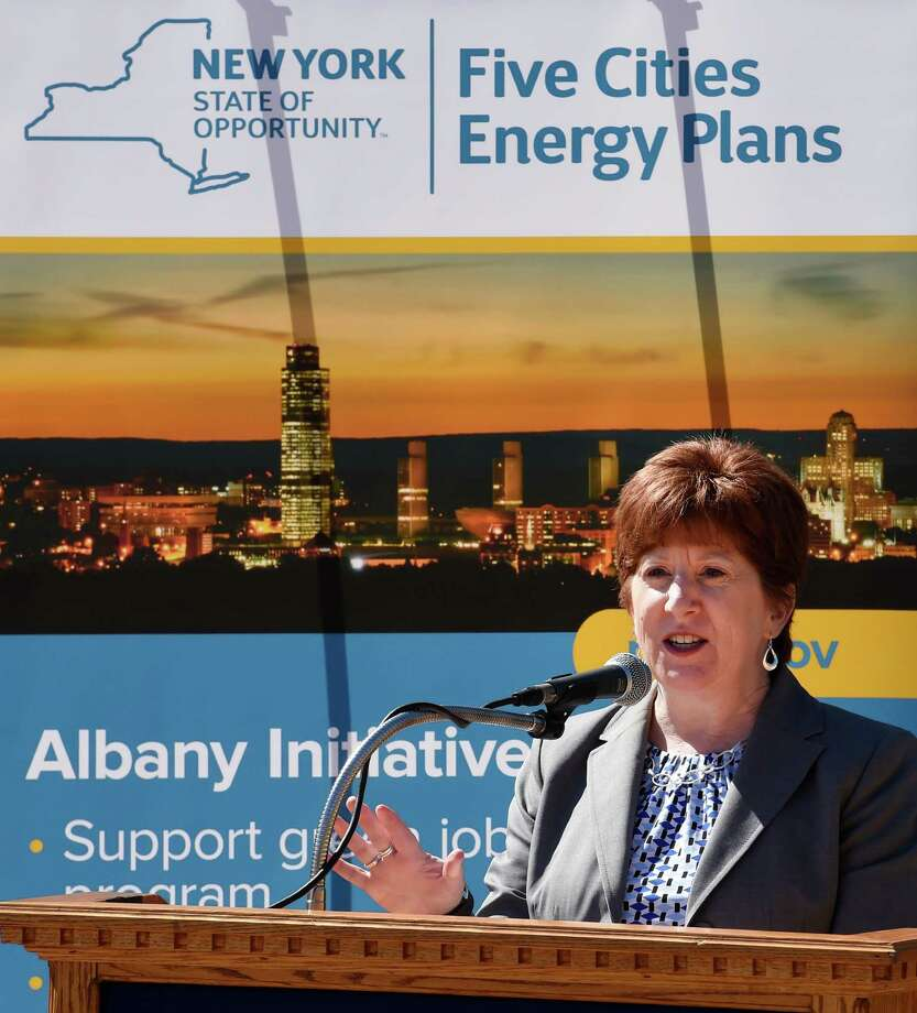 Albany Mayor Kathy Sheehan announces $100,000 in annual cost savings from the installation of new high-efficiency lights throughout the City Thursday April 28, 2016 at Mullens Field in Albany, N.Y.     (Skip Dickstein/Times Union) Photo: SKIP DICKSTEIN / 10036392A