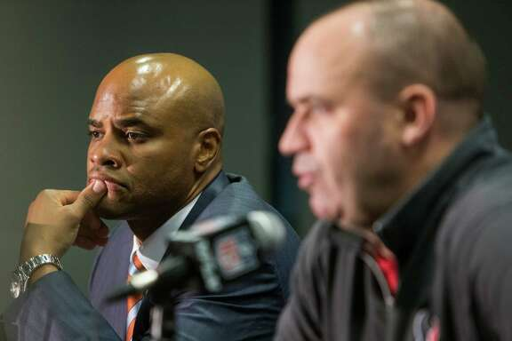 Houston Texans general manager Rick Smith, left, and head coach Bill O'Brien speak during a news conference following the Texans selection of Notre Dame wide receiver Will Fuller in the first round of the NFL Draft on Thursday, April 28, 2016, in Houston.